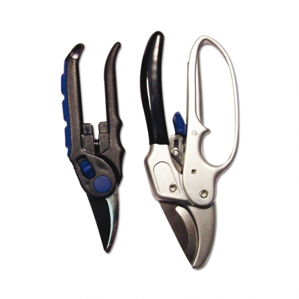 LOT DE 2 SECATEURS