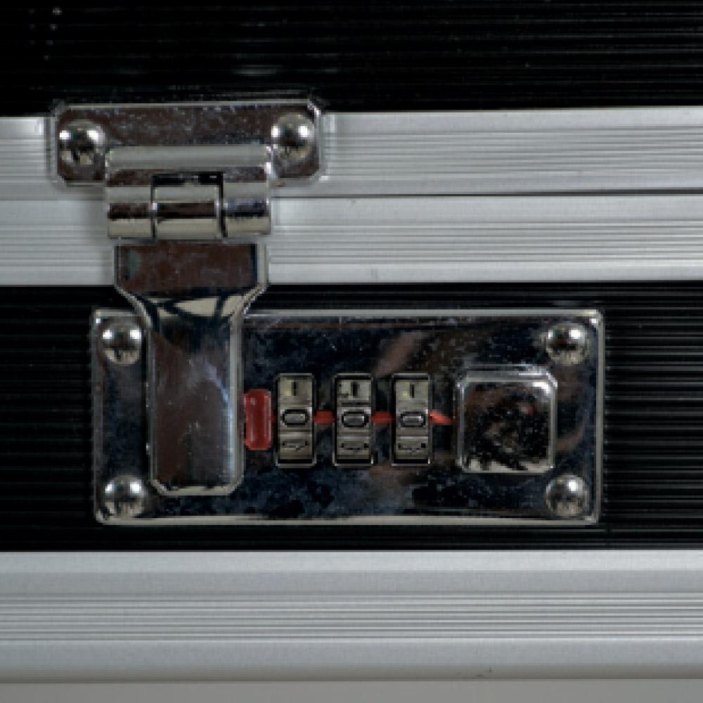 ducatillon mallette de transport aluminium chasse. Black Bedroom Furniture Sets. Home Design Ideas