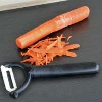 L'éplucheur à lame céramique